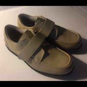 Dr. Scholl's Velcro Comfort Shoe